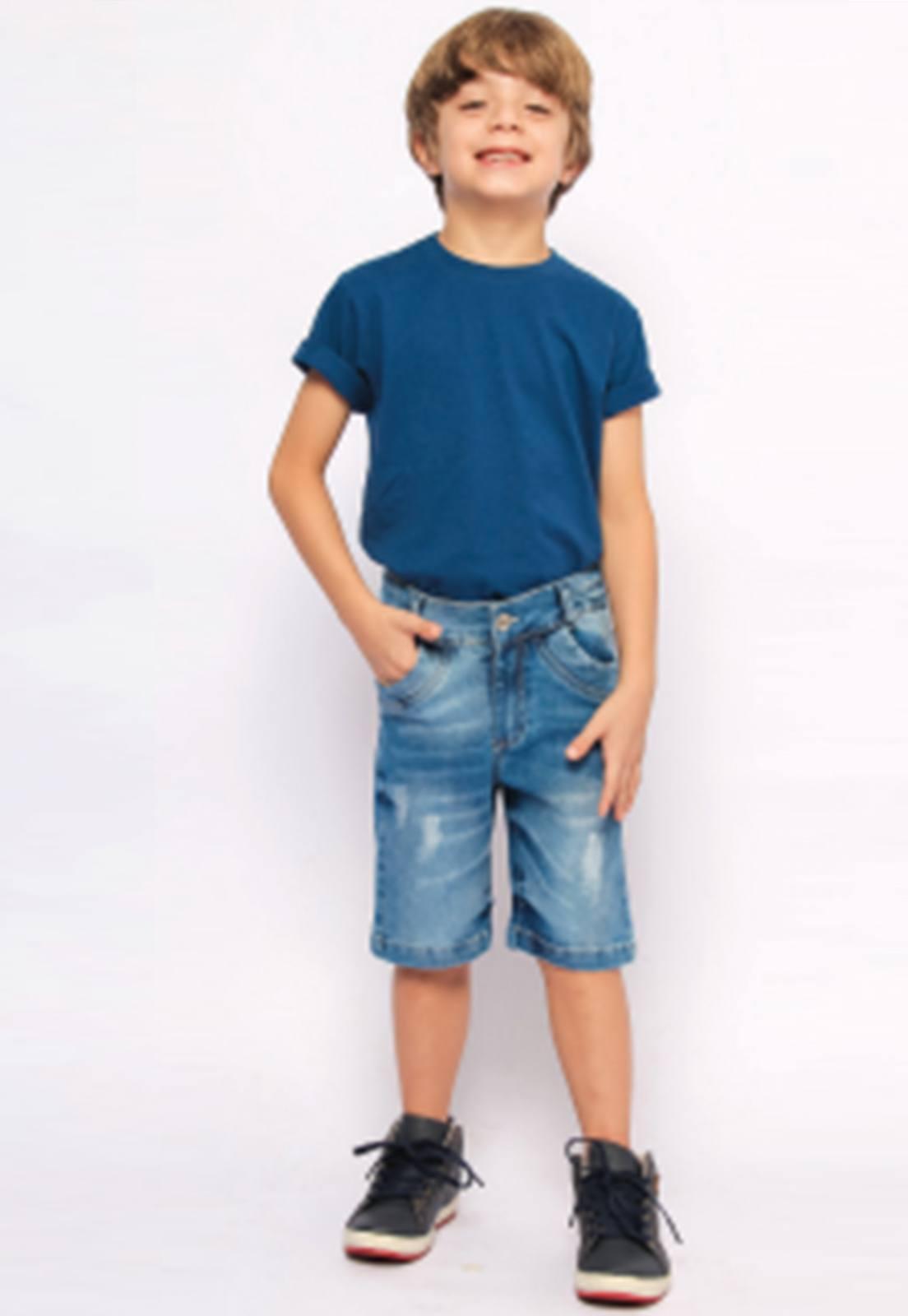 Bermuda Jeans Delavê com Puídos nas Pernas Ref. 223