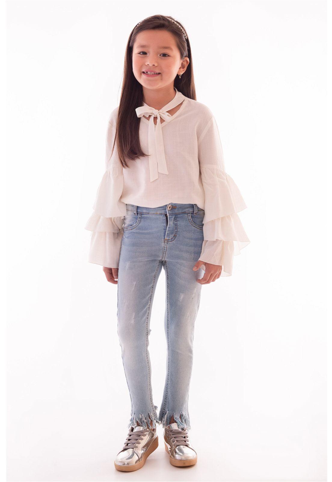Calça Jeans com Elastano Barra Estiletada Puídos Ref. 449