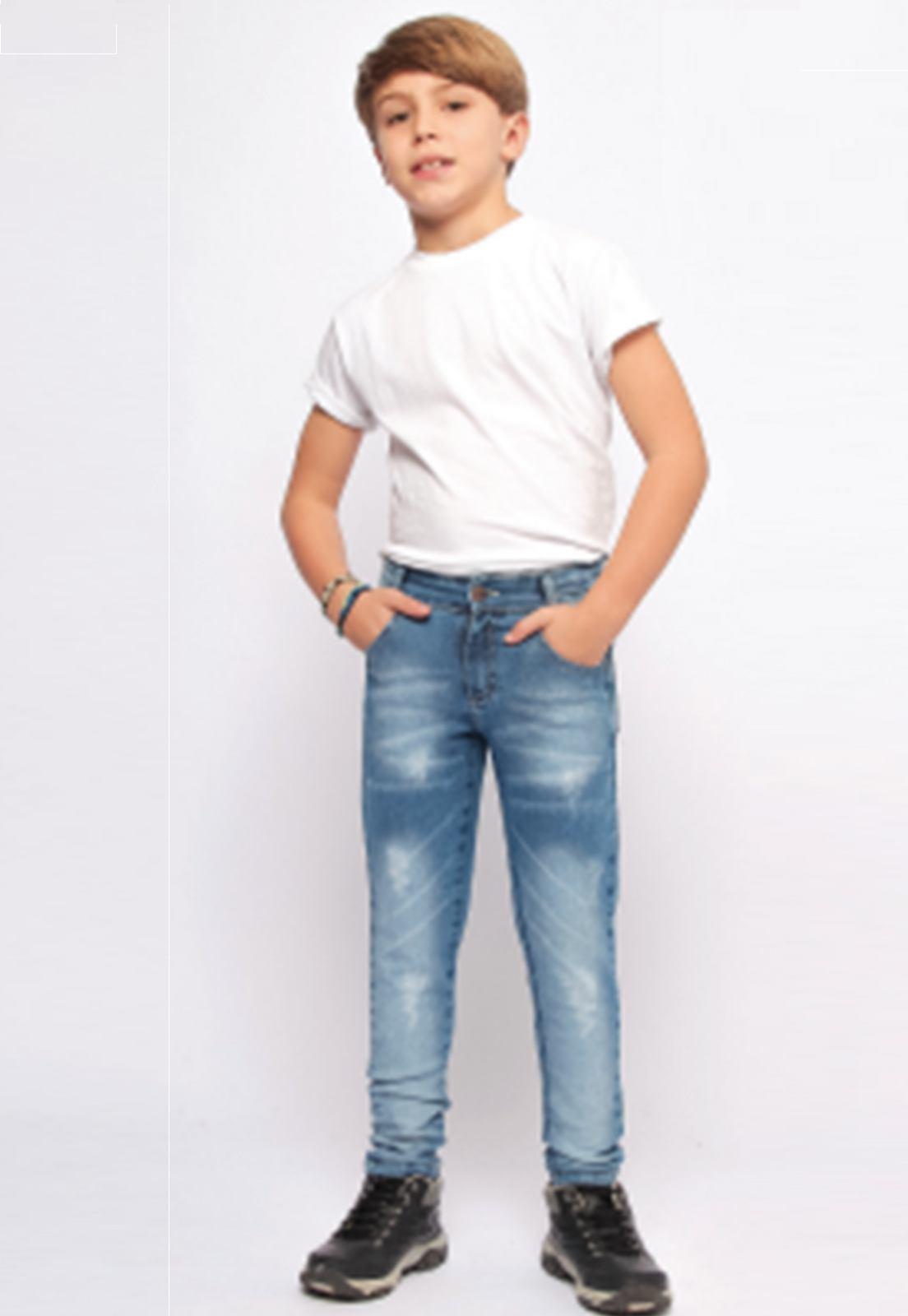 Calça Jeans Delavê com Puídos nas Pernas Ref. 239