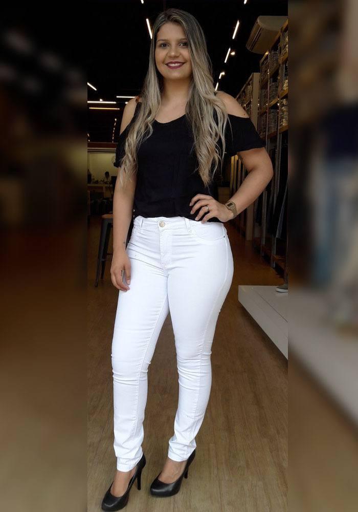 Calça Sarja Branca Skinny Feminina Fact Jeans - Plus Size ref. 04299