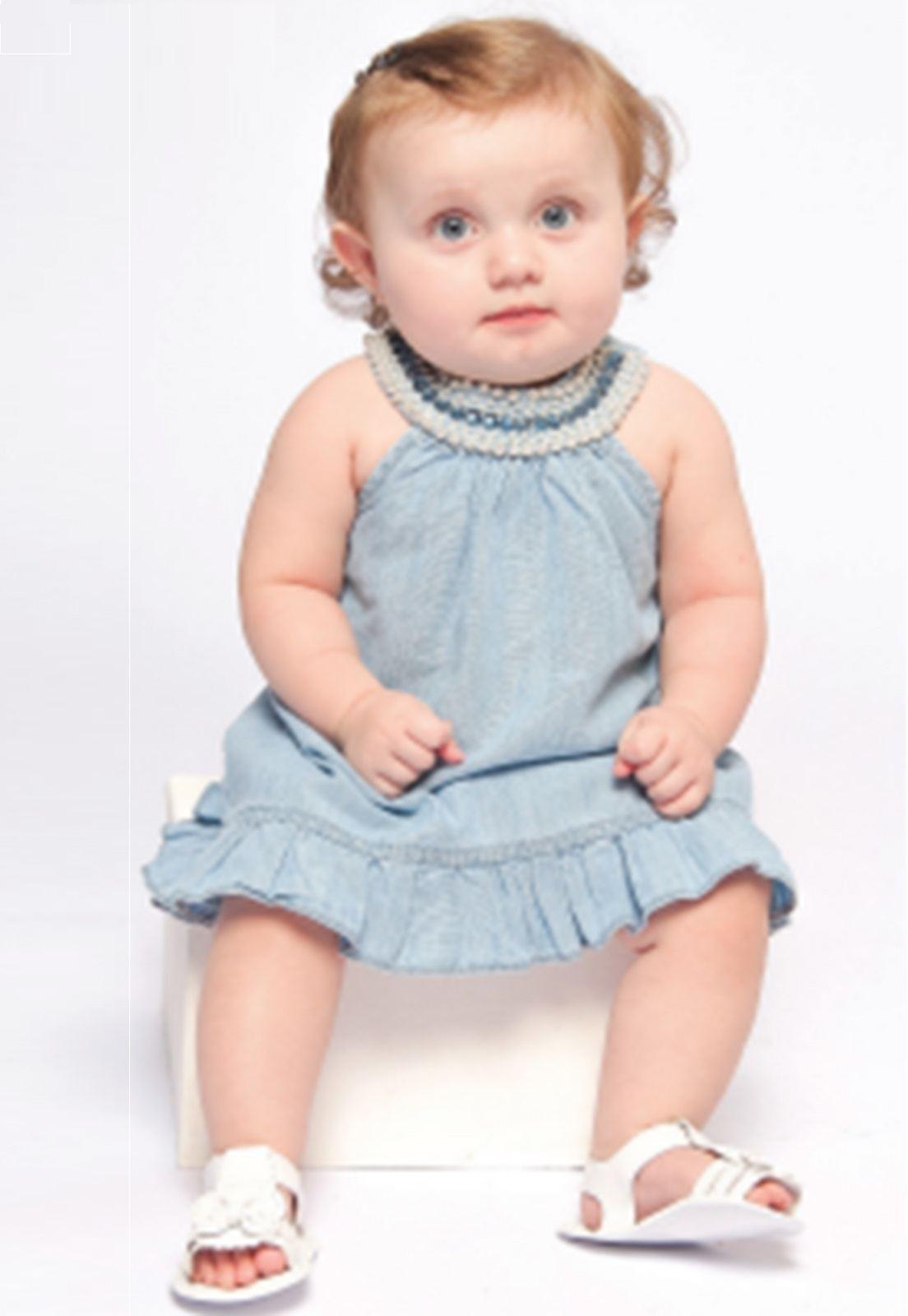 Vestido Baby Bordado com Pérolas Coloridas na Gola