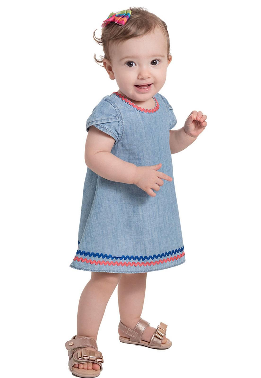 Vestido Jeans com Apliques de Sianinha Coloridas