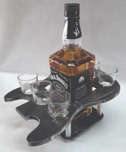 Bandeja tequila em MDF 6 milímetro com pintura atóxica.