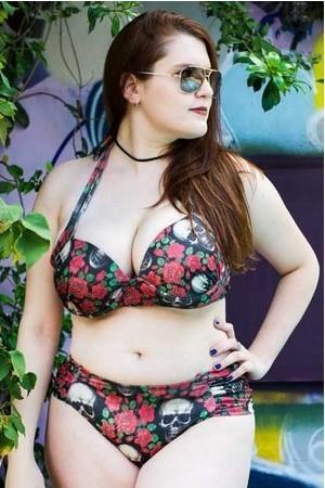Biquíni Caveira com Rosas Plus Size