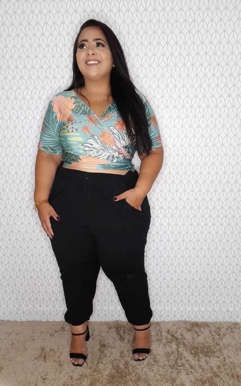 Blusa Cropped Transpassada  Plus Size Eva