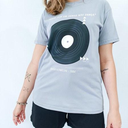 Camiseta Bete Balanço - Prata Unissex