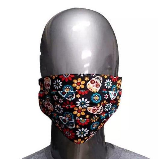 Máscara de Tecido Caveiras e Flores
