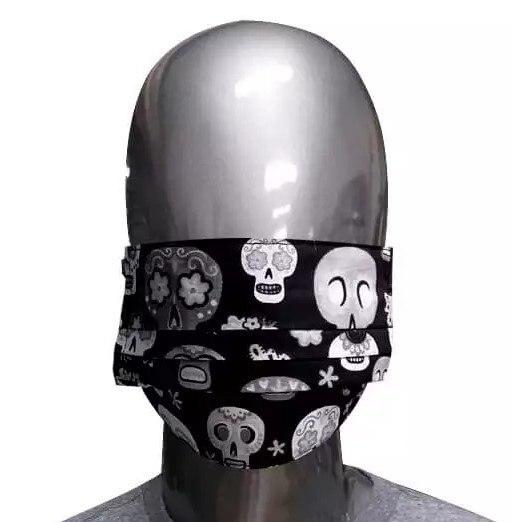 Máscara Preta de Tecido Caveiras