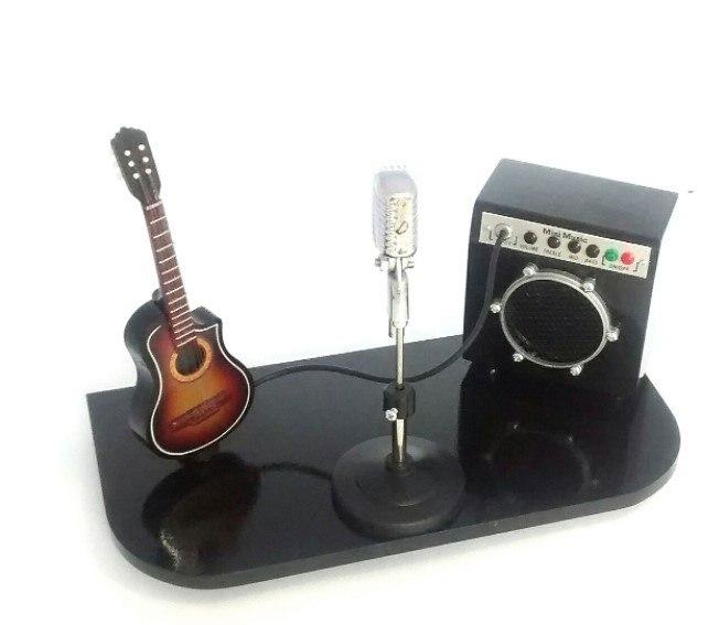 Palco Miniatura Violão Microfone e Amplificador