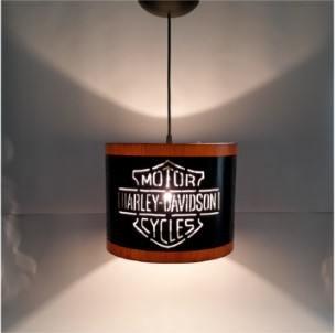 Pendente Lustre Harley Davidson bivolt com lâmpada 15w
