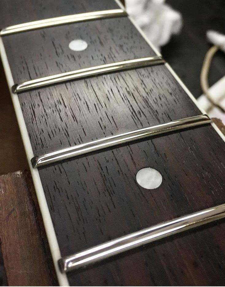 Troca de Trastes Inox Instrumentos de corda