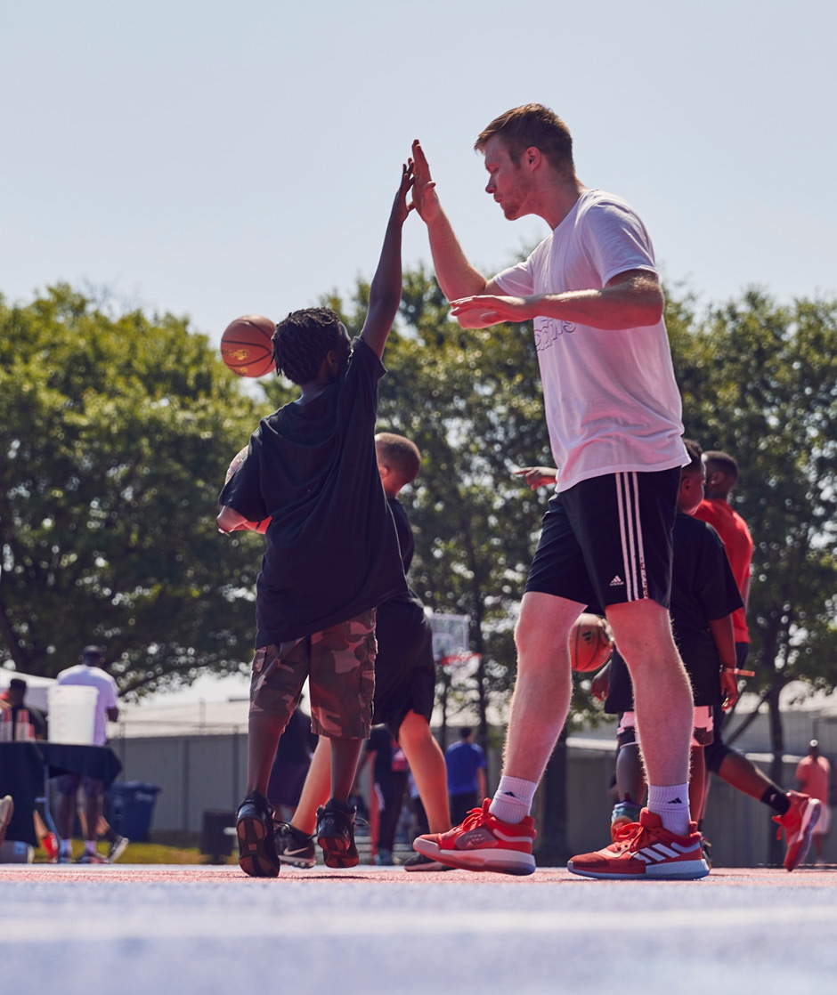 Adidas Celebration Of Sport R5 C1 V1