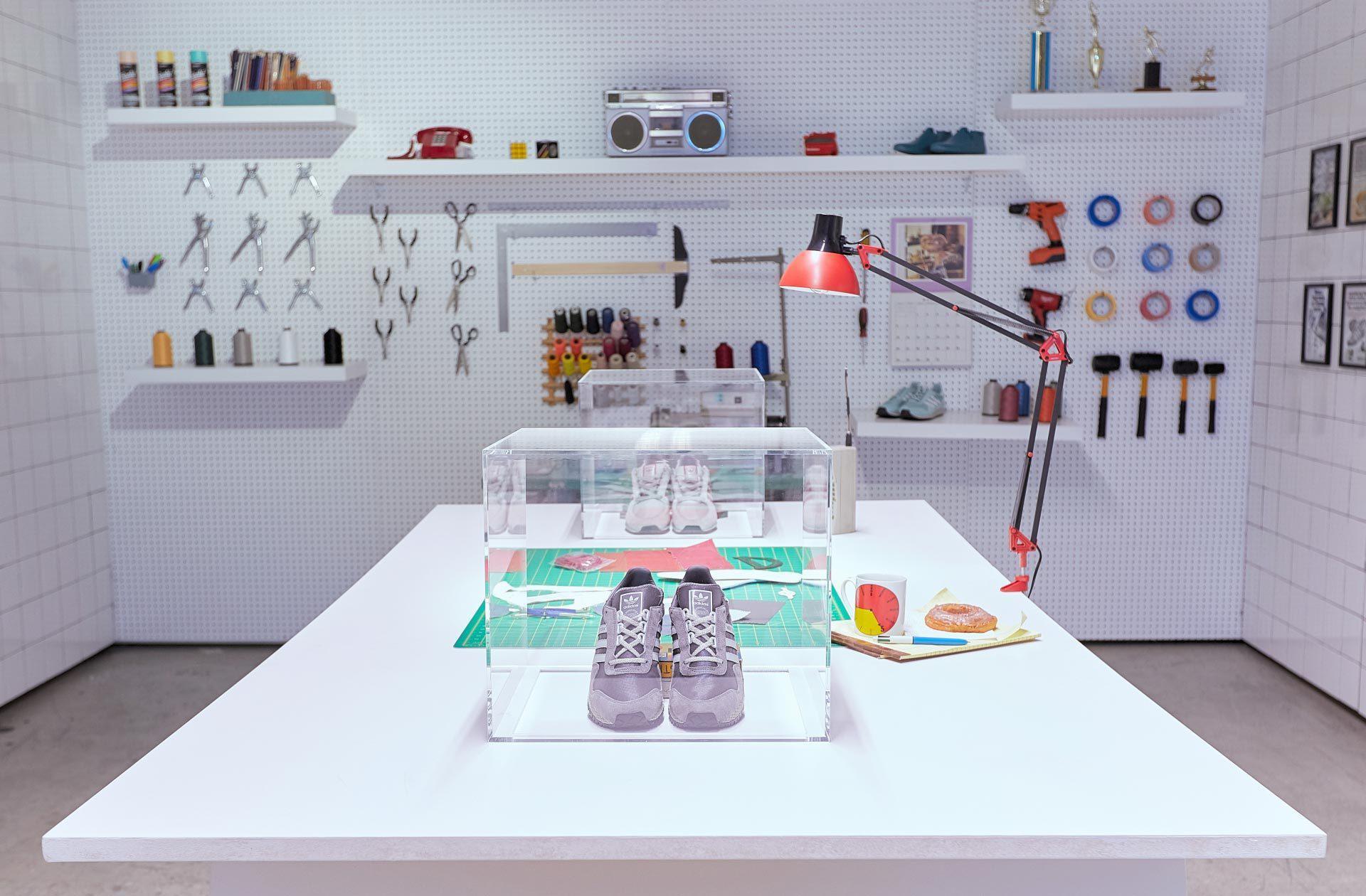 Adidas Deerupt R2 C1 V1