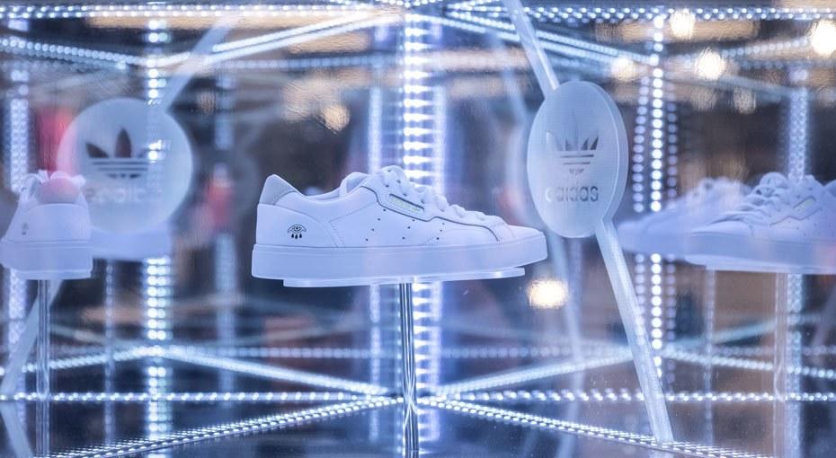 Adidas Home Of Classics R23 C1 V1