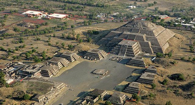Teotihuacán es fundanda