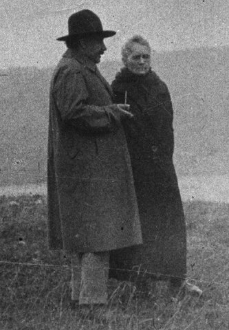 Marie Curie y Albert Einstein