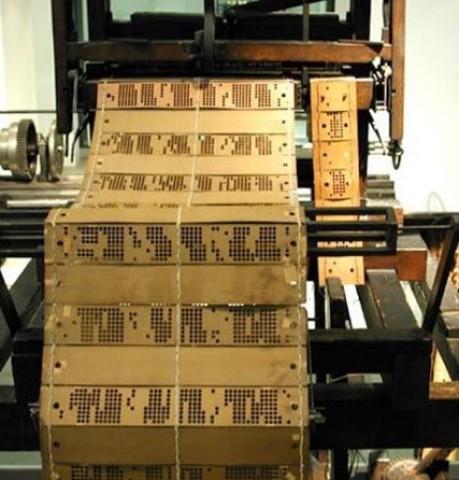 Jacquard - Primer telar programable, con tarjetas perforadas
