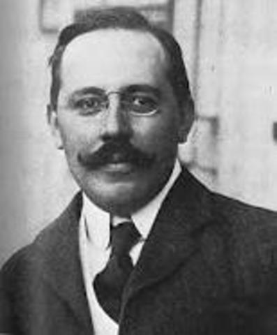 Nacimiento de Josef Hoffman