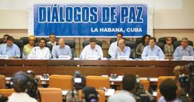 inician diálogos de paz con las FARC 2012