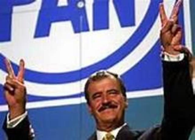 FOX QUESADA, VICENTE.Periodo Presidencial: 2000-2006