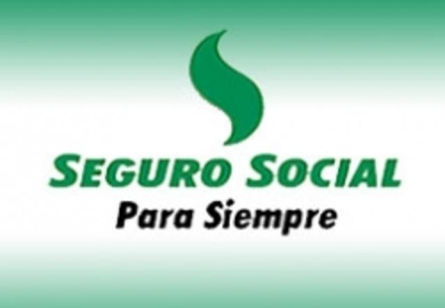 Se crea el Instituto Colombiano de Seguros Sociales