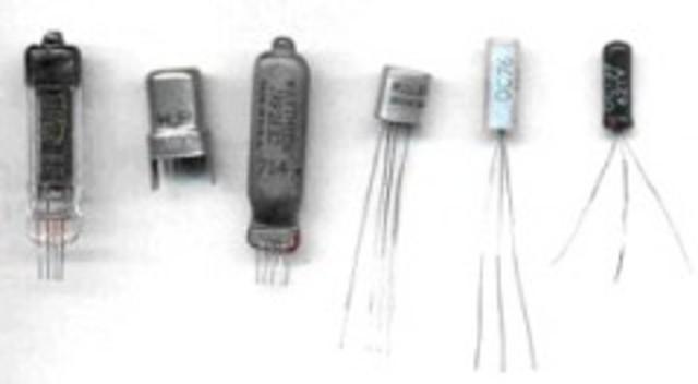 Transistores (Segunda generación de transistores y sistemas por lotes)
