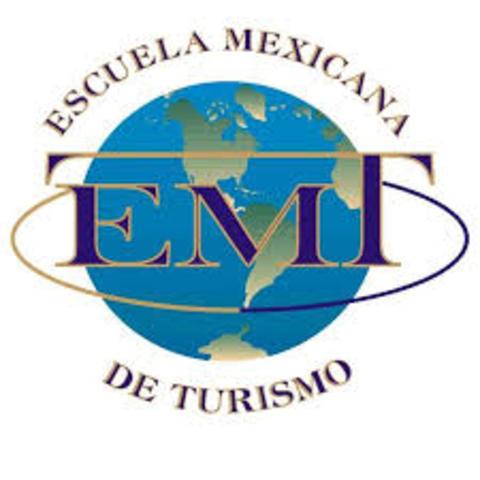 En 1953, el gobierno con Asociación de Hoteles, se creó el primer plantel especializado: la Escuela Hotelerahoy es la Escuela Mexicana de Turismo