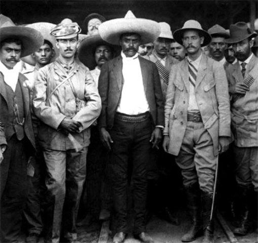 Morelos, Zapata, Pascual Orozco y Pancho Villa se levantan en armas contra Díaz