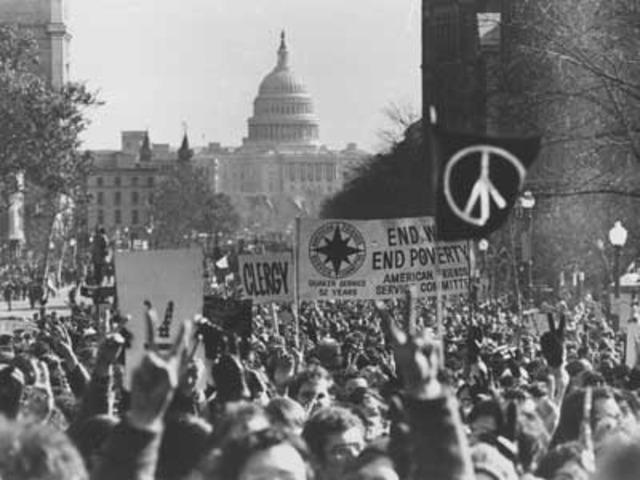 Anti war demonstration in D.C 10,000 attend