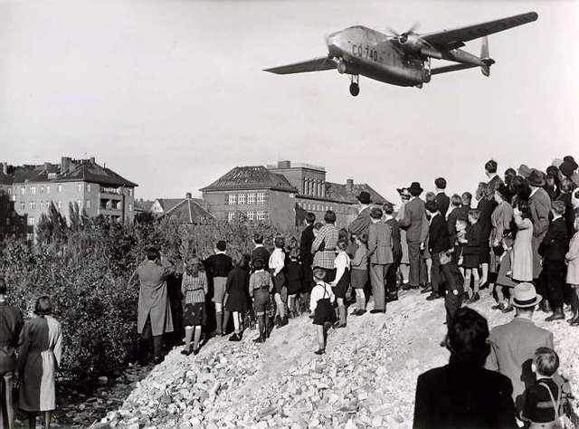 The Berlin Blockade/Airlift