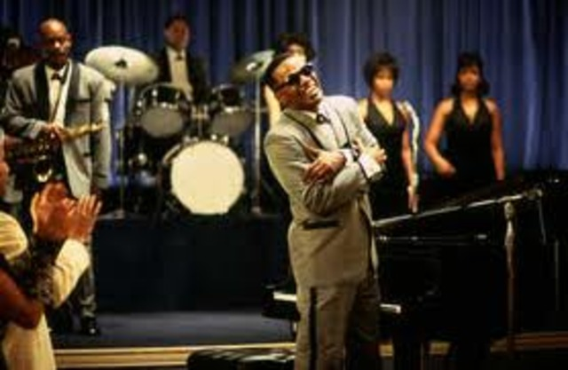 Ray Charles becomes part of a band called the Florida Playboys
