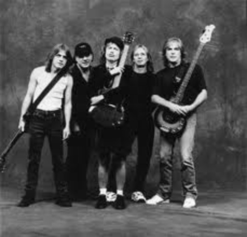 AC/DC makes their first appearance in the U.K.