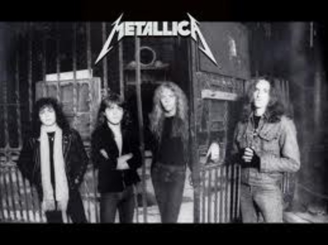 Metallica records its first album