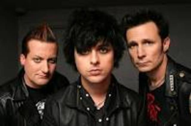 """The punk-rock band """"Green Day"""" forms"""