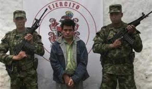 EL GUERRILLERO GUSTAVO ANIBAL ESCAPA DE LA CARCEL