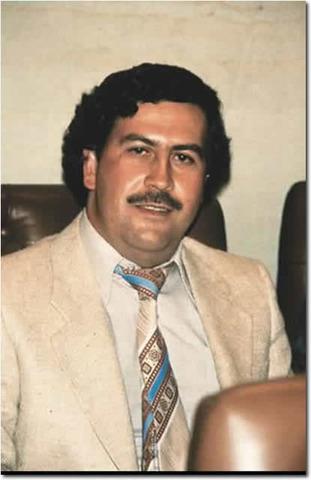 Se entrega Pablo Escobar