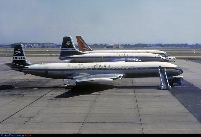 First Jet passenger plane flies in public, the De Havilland Comet