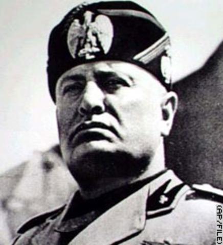 ITALY UNDER DICTATORSHIP (#2)