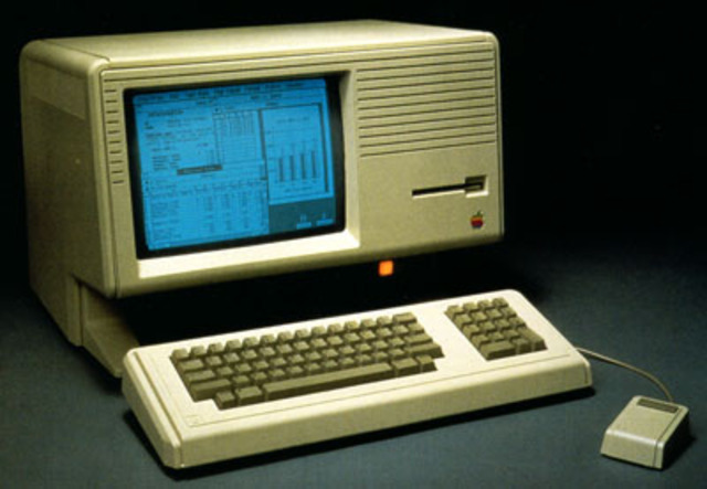 Apple Lisa with Graphical User Interface and Mouse