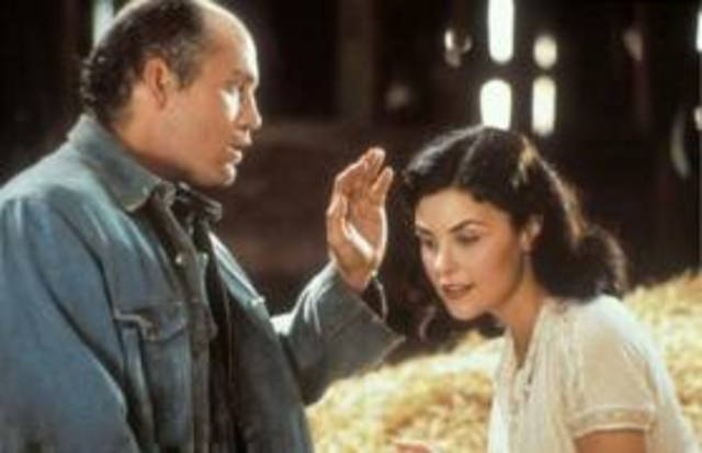 Lennie's encounter with Curley's wife.
