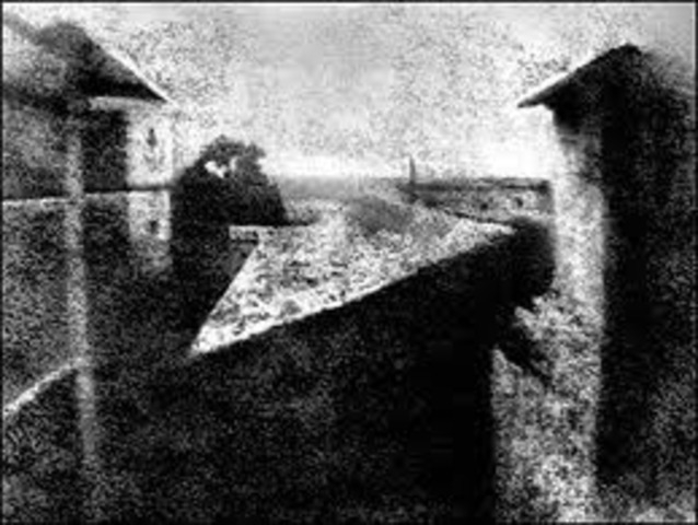 Joseph Niepce achieved first photographic image