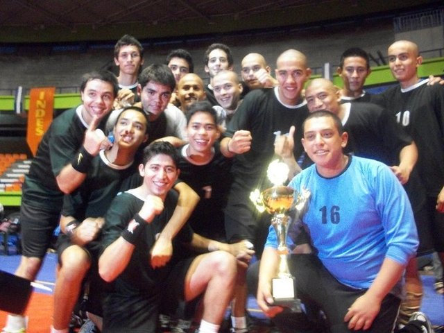 Debut con Seleccion en Torneo internacional de Balonmano