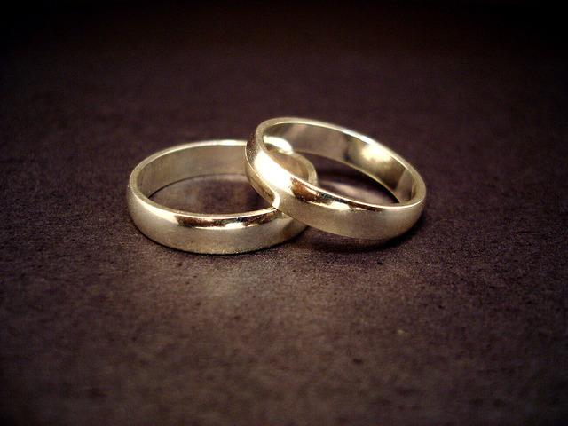 En 1962, Celia Cruz se casó con Pedro Knight el Salsero.Un poco después de eso, ellos  tocaban música juntos durante un tiempo.
