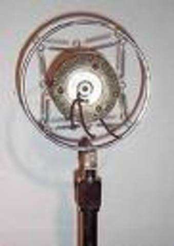 carbon microphone by thomas edison