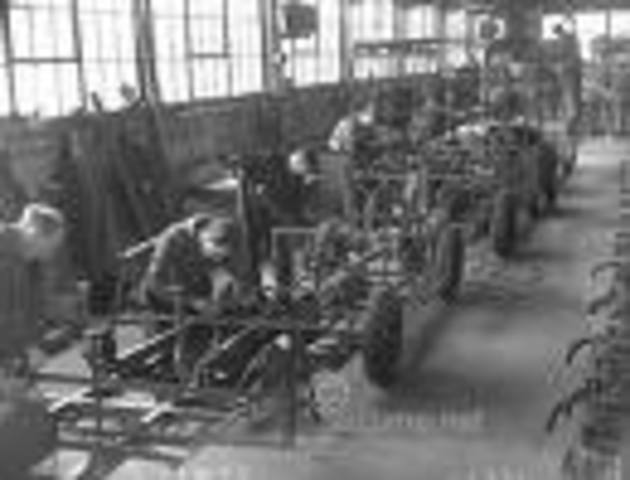 first production line by henry ford