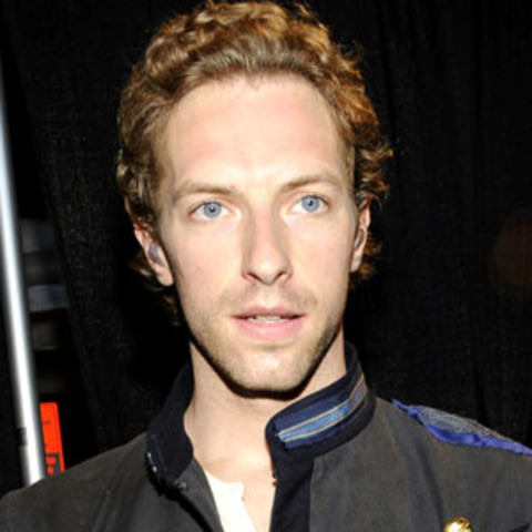 Lead vocalist and pianist Chris Martin is born