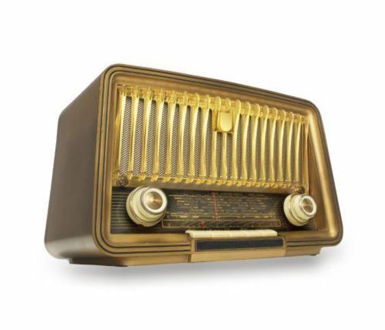 Το ραδιόφωνο αναπτύσσεται