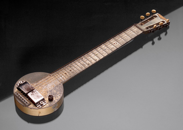 First Commerical Electric Guitar