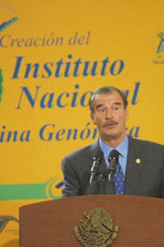 En México nace el Instituto Nacional de medicina Genómica (INMEGEN)
