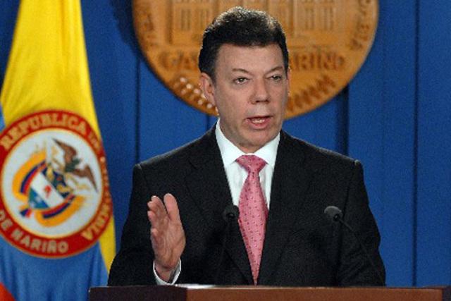 Juan Manuel Santos anuncia el resultado de acercamientos secretos